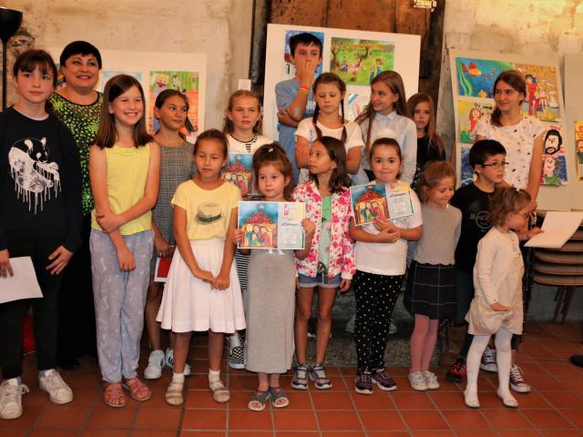 Воспитанники ОЦ «Лучик» одержали победу в конкурсе рисунка «Моя Семья»